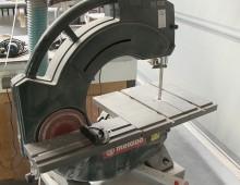 Band- und Tellerschleifmaschine / Kunststoffwerkstatt / Designcampus