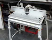 Tischfräse-Unterflurfräse / Kunststoffwerkstatt / Designcampus