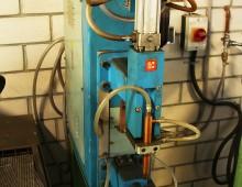 Punktschweißgerät / Metallwerkstatt / Designcampus